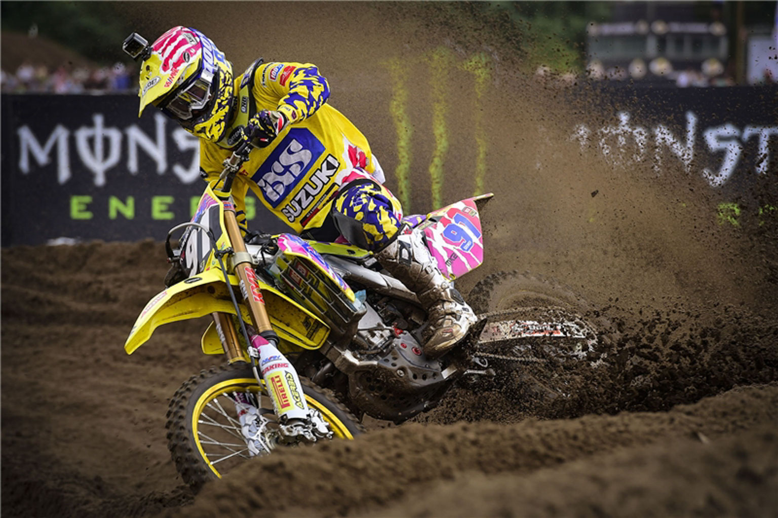 Jeremy Seewer is part of team Suzuki