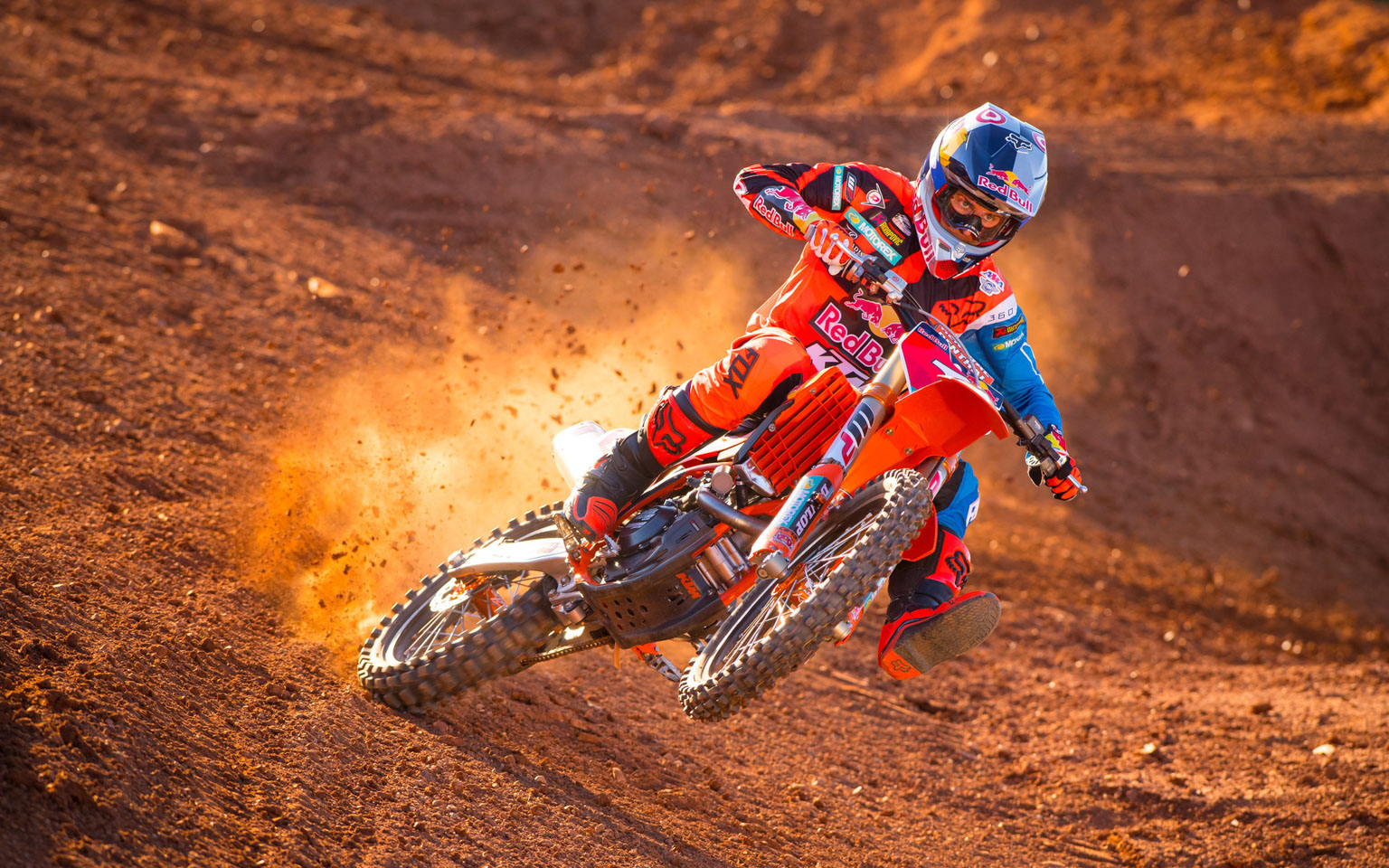 Ryan Dungey spanks the 2017 factory 450