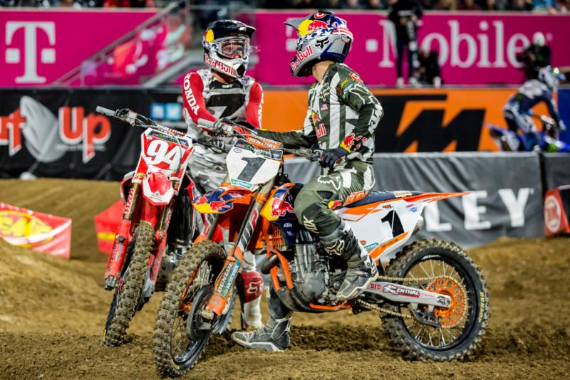 Dungey and Roczen give each other respect after the finish