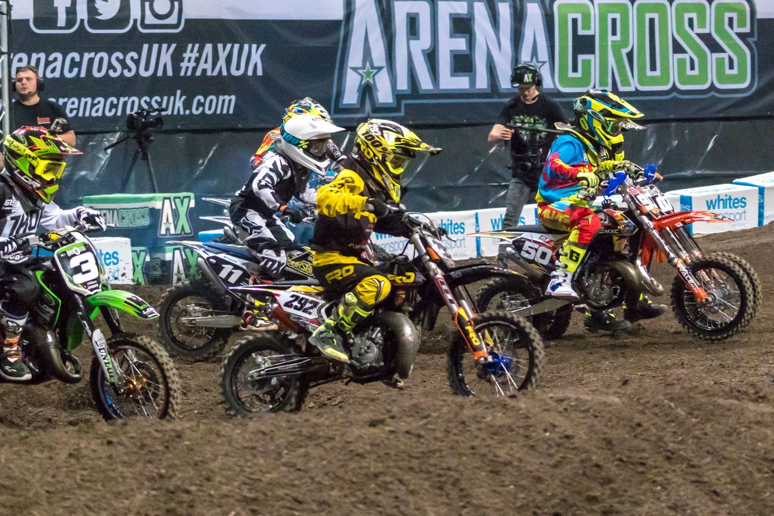 Bartlett blasts off the line to take the holeshot
