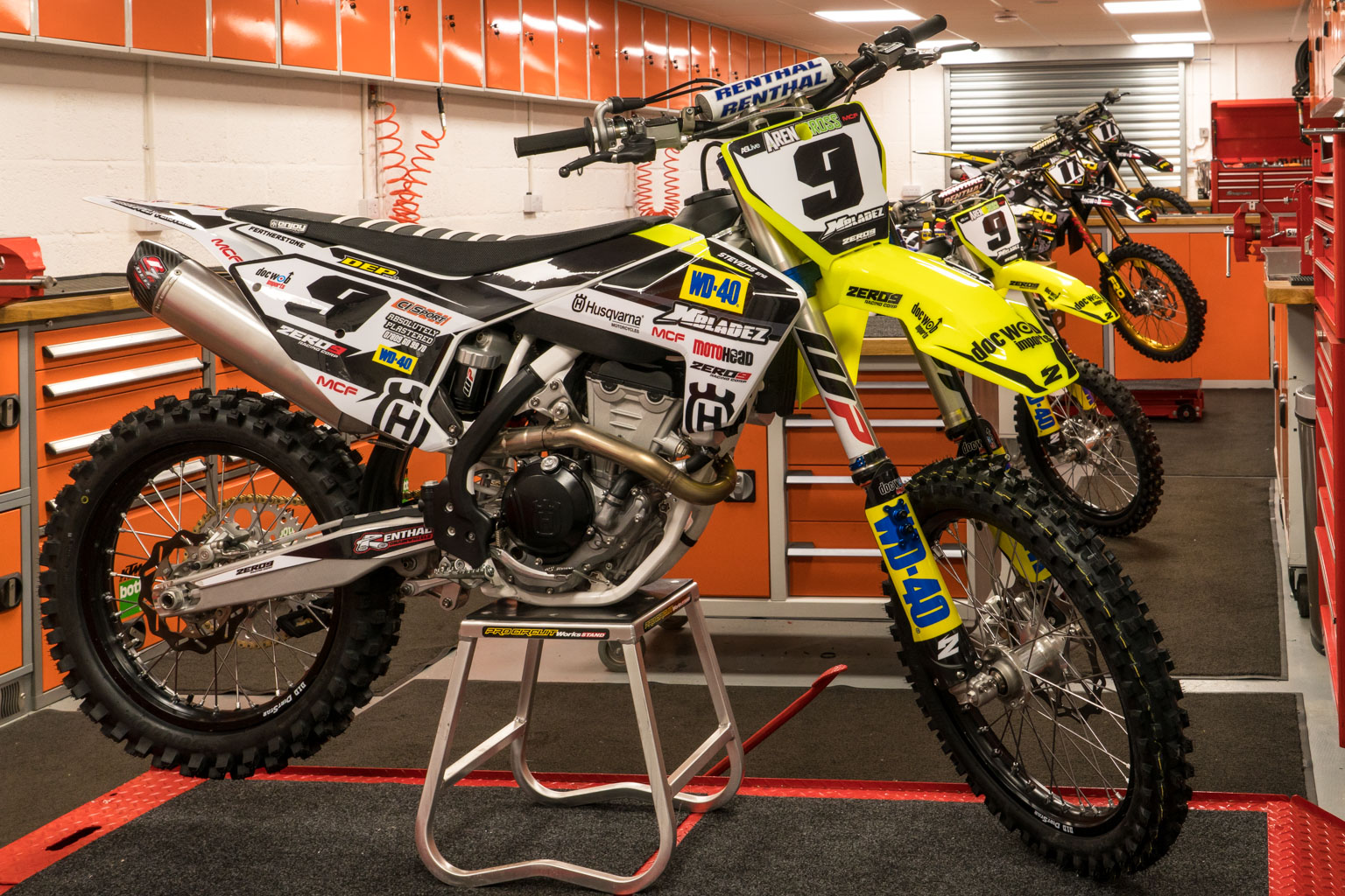 Gradie's bikes on the eve of the Arenacross opener!