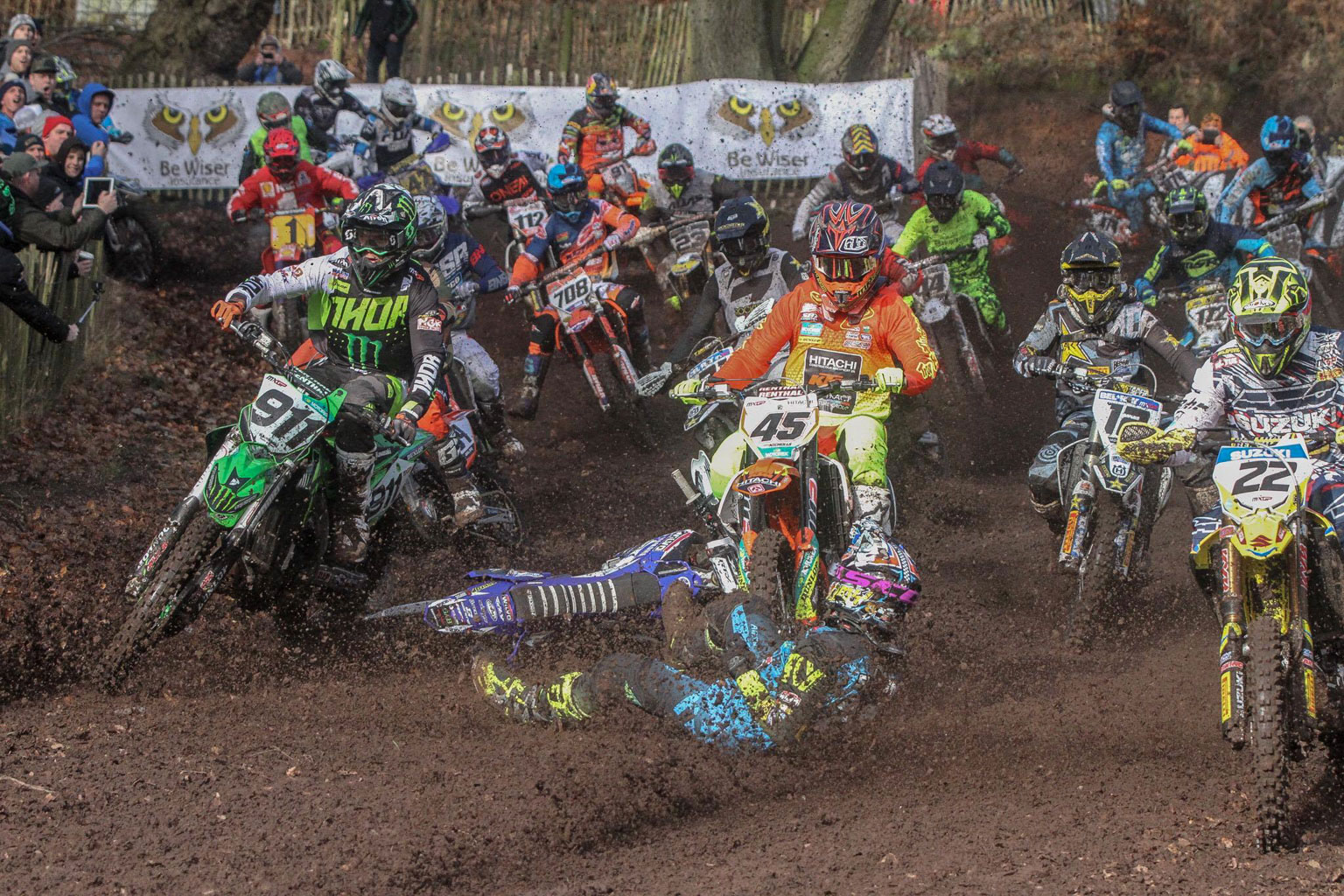 Ouch! Simpson is about to get hit by Jake Nicholls who just couldn't stop