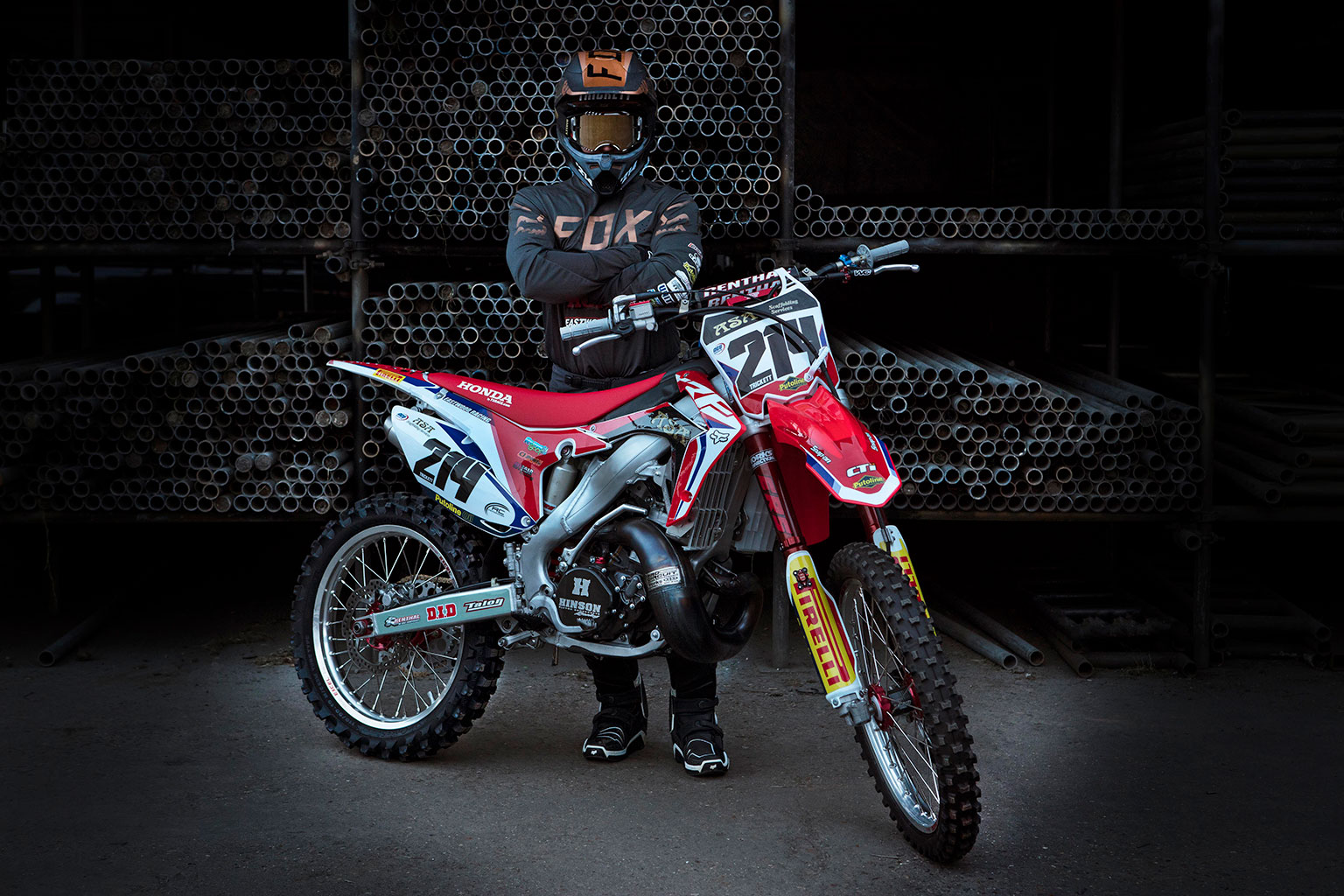British Two Stroke Championship Starts This Weekend At Canada Heights Chances Are The Trickest Bike On Line Will Be Lewis Tricketts Honda CR250