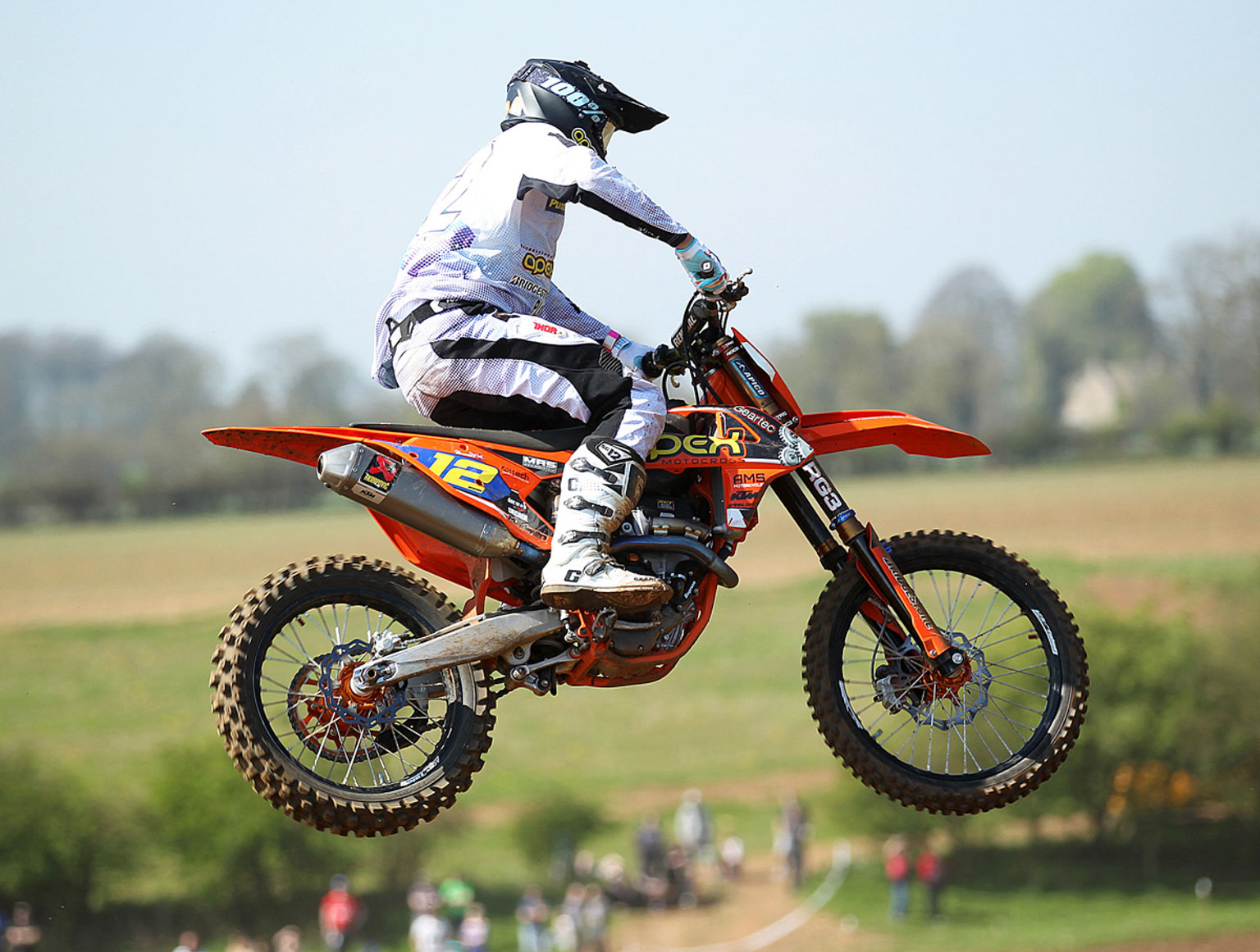 MX2 winner, Ray Rowson