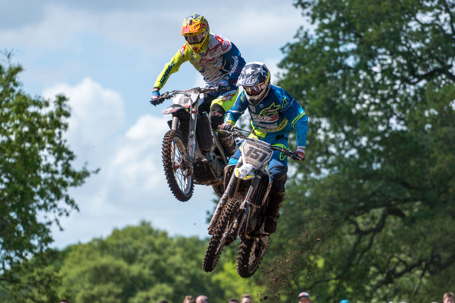 Kullas leads Carton Husband in MX1