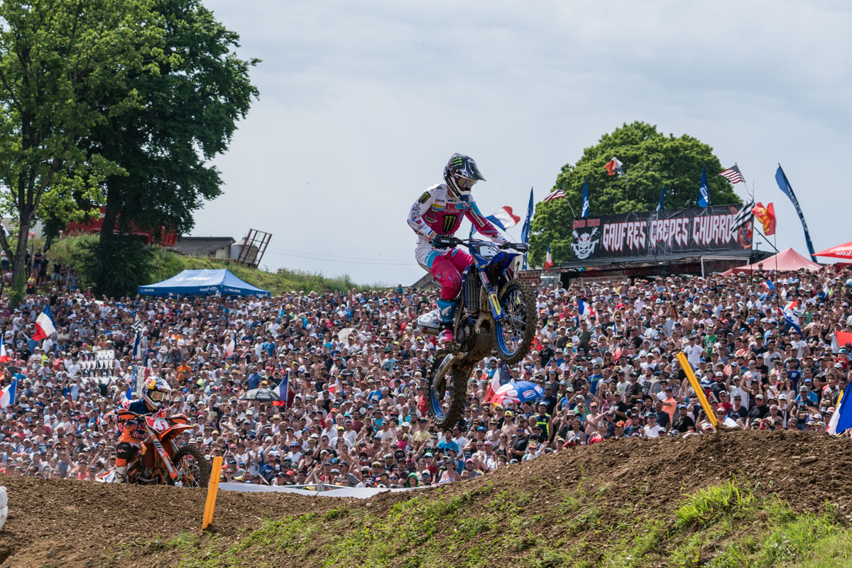 Jonass tails Paturel in MX2 moto two
