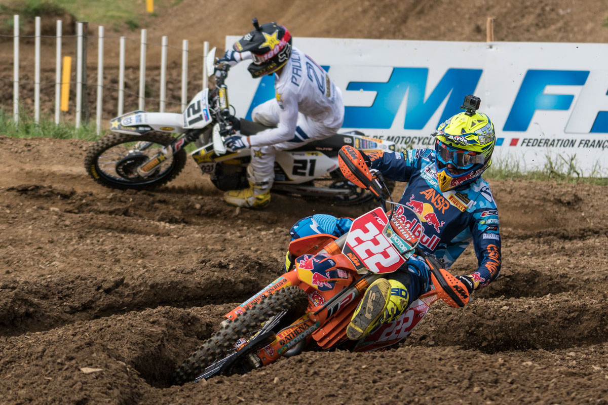 Cairoli tries to hold off Paulin