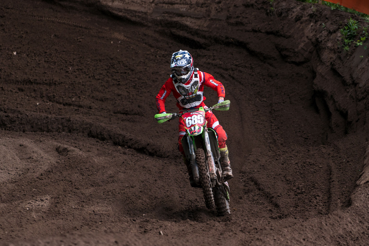 Steven with the red plate in his last British championship race