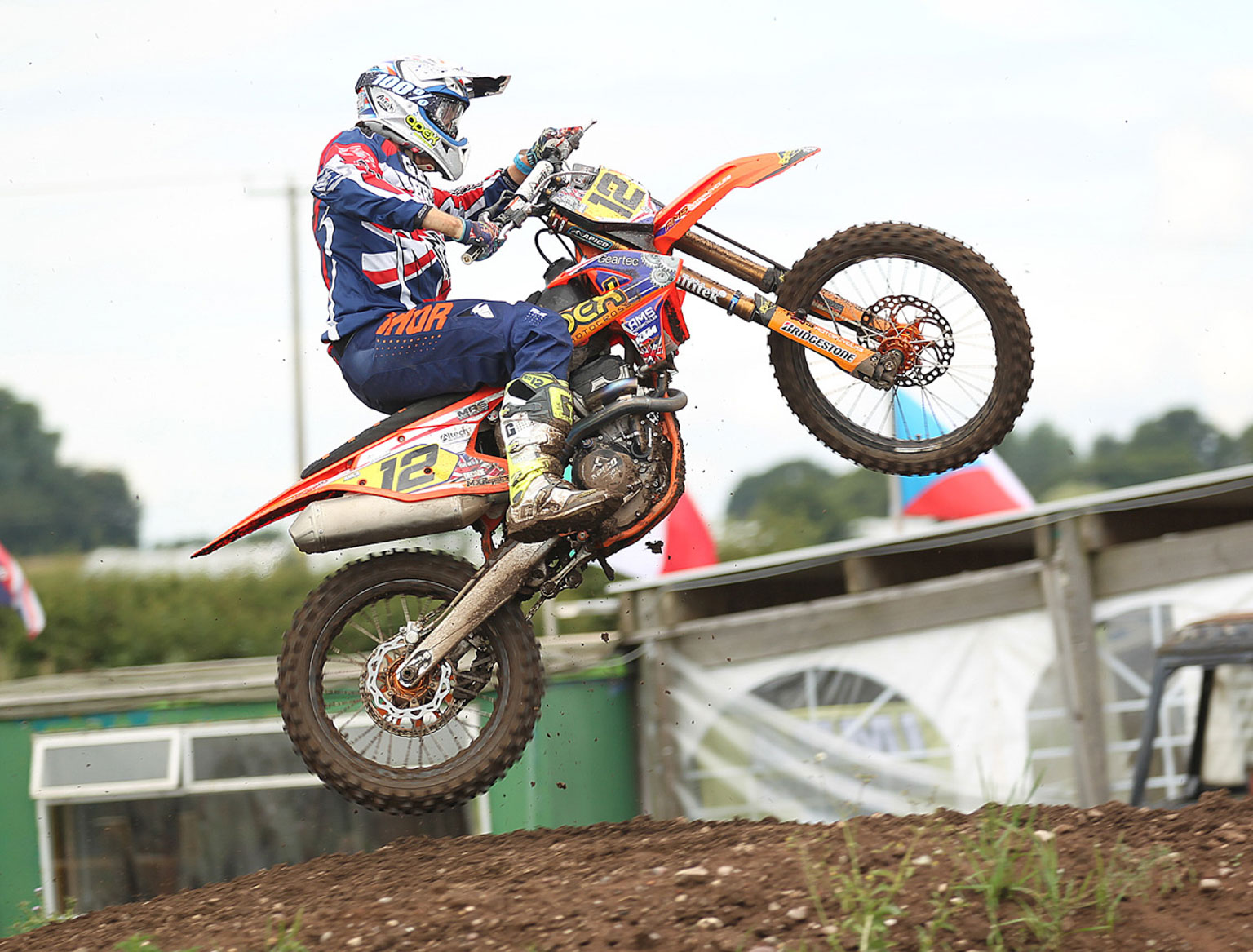 MX2 winner Ray Rowson