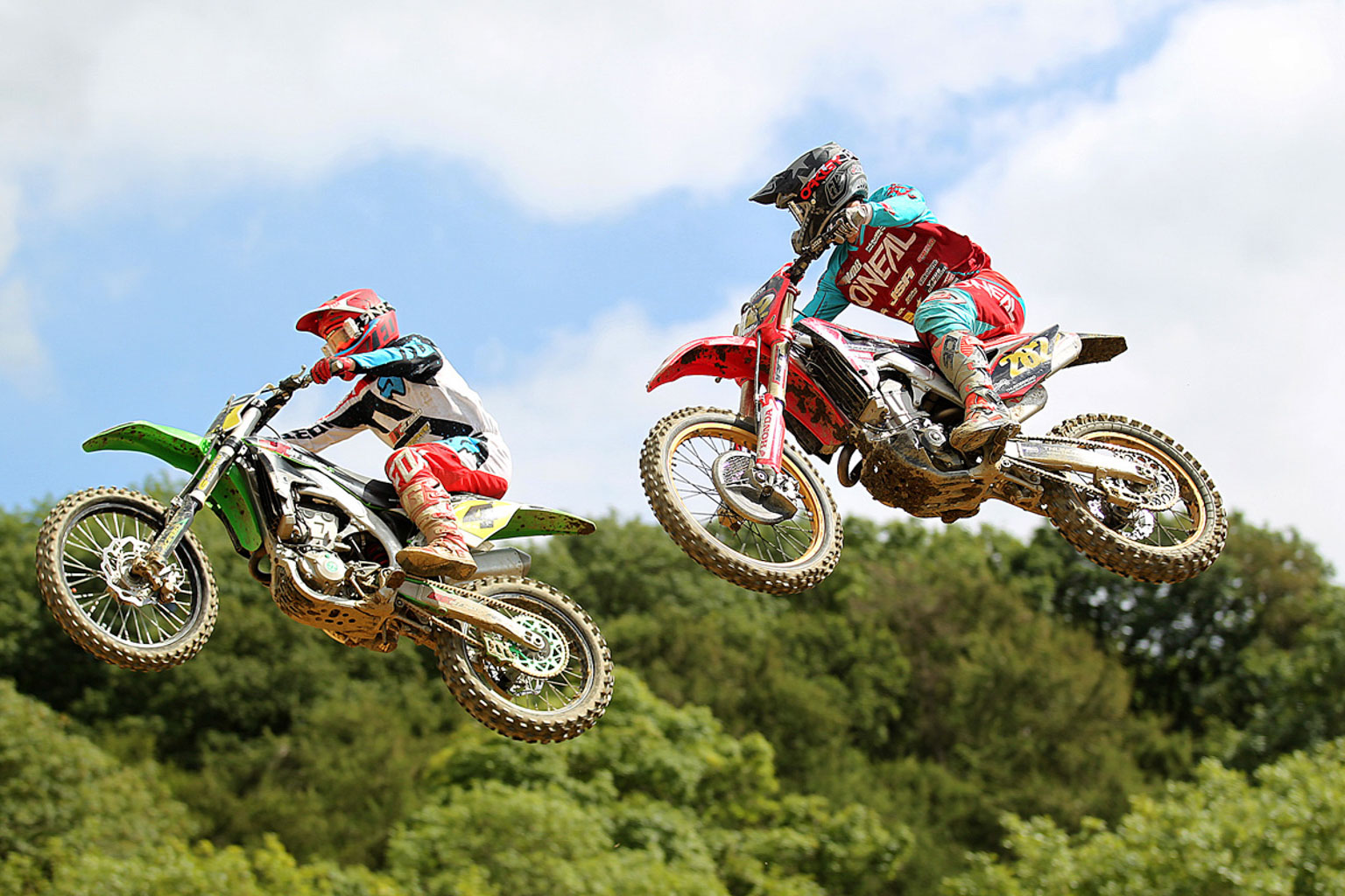 MX1 moto two action from Jack Timms(282) and Gary Gibson