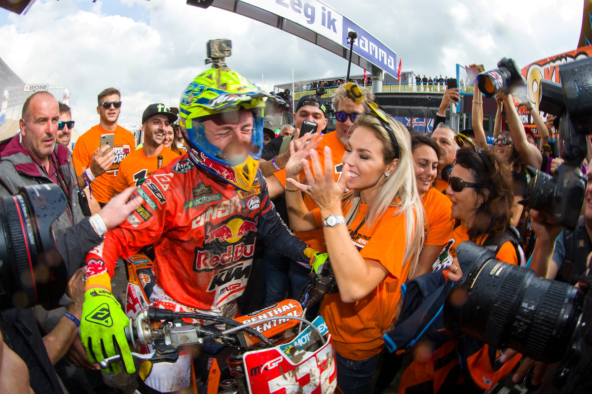 203447_Cairoli_success_MXGP_2017_R18_RX_4578