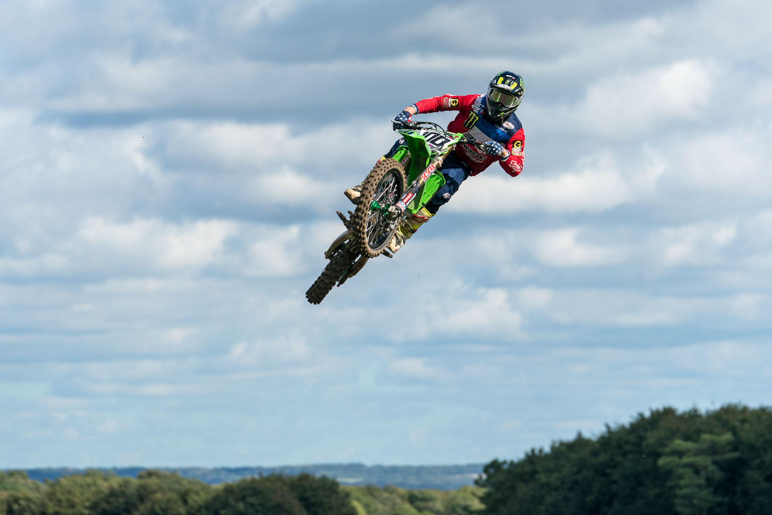 Tommy Searle's 450 is on loan to Marshal Welton for the Nations