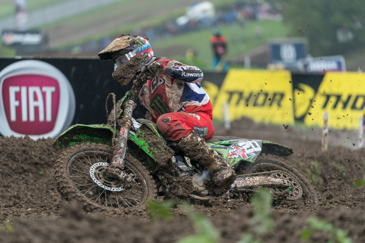 Searle urges on the KXF