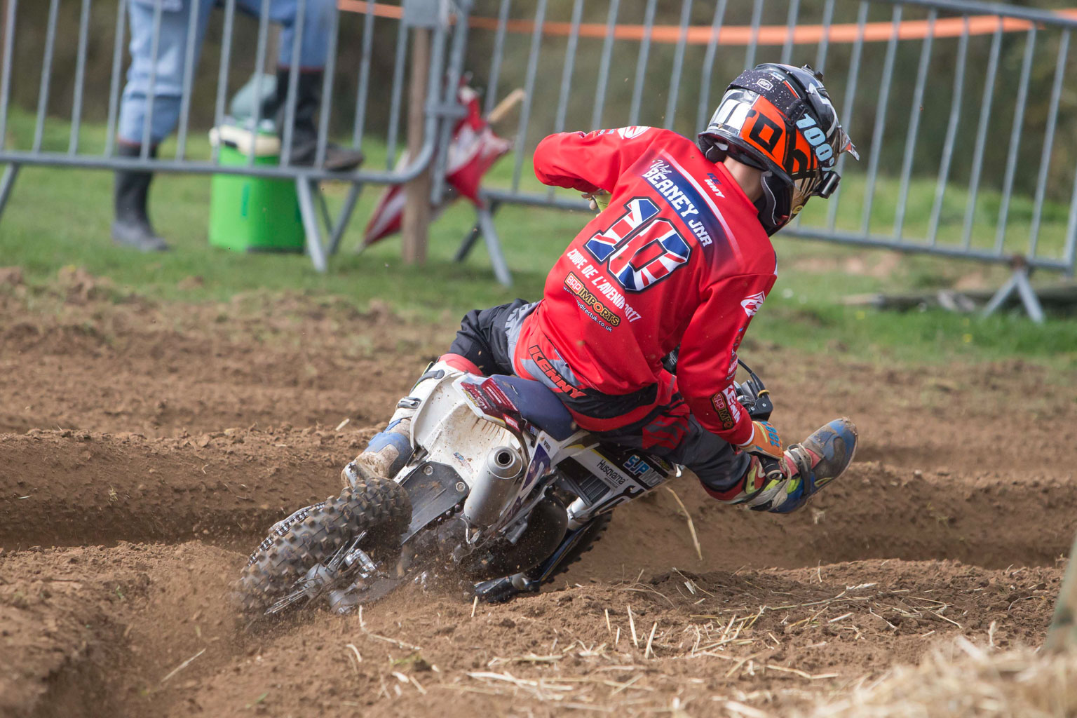Wal Beaney (Husqvarna, GB) is the champ!