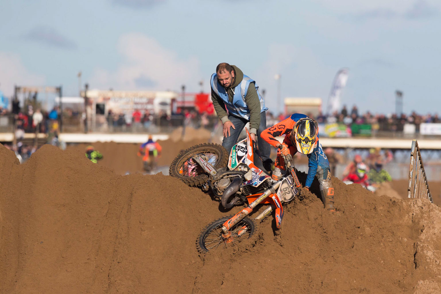 Casey Lambley (KTM) goes down