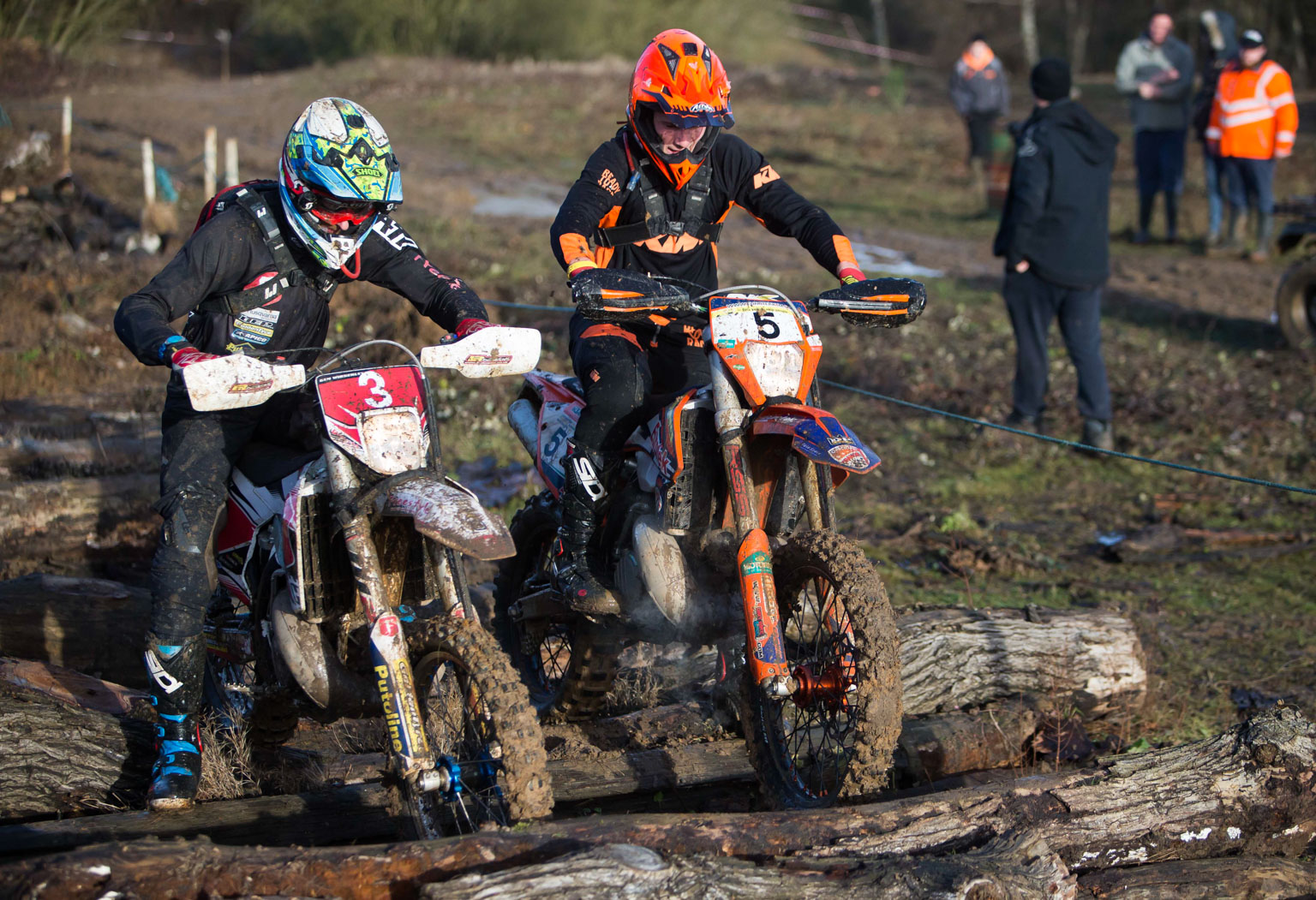 Ben Wibberley and No.5 Charlie Frost stay cleanish on the opening lap