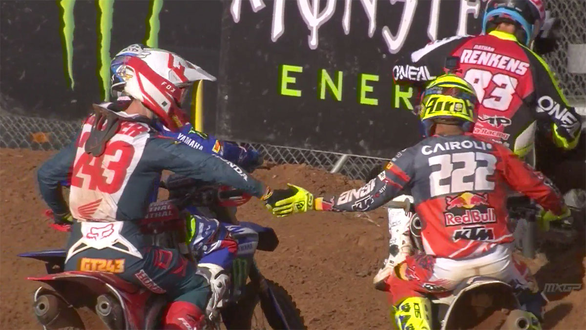 Cairoli congratulates Gajser on his win