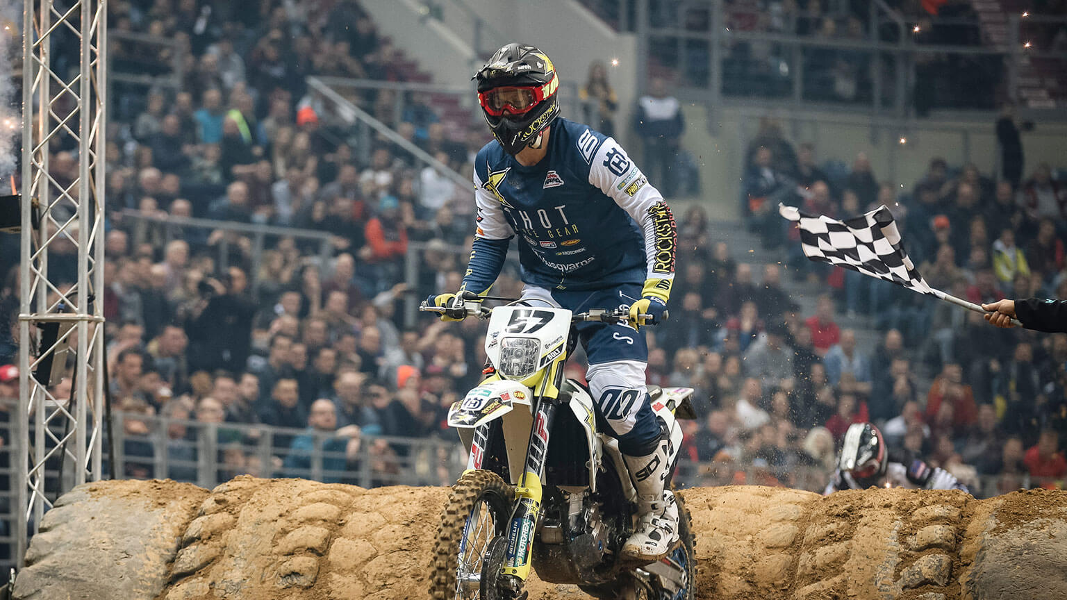Bolt wins SuperEnduro opener - MotoHead